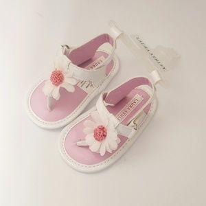 NWT Laura Ashley Soft-Soled White Sandals Sz 3